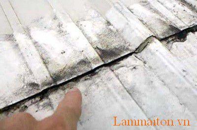 Sửa chữa mái tôn ở vị trí nối máng