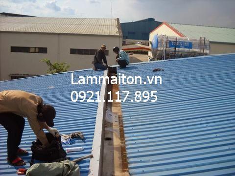 Thi công lắp đặt mái tôn lạnh tại Hà Nội