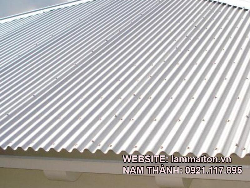 Dịch vụ làm mái tôn tại quận 2 của Nam Thành luôn tuân thủ quy trình thi công chặt chẽ