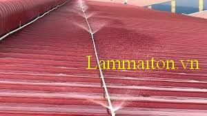 Hệ thống phun nước là cách để chống nóng mái tôn giúp hạ nhiệt