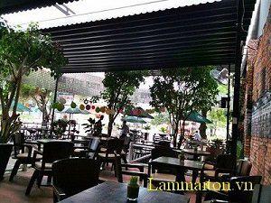 Mái bạt che nắng mưa tự cuốn cho nhà hàng